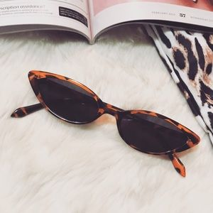 Accessories - 🆕 Leopard cat eye sunglasses